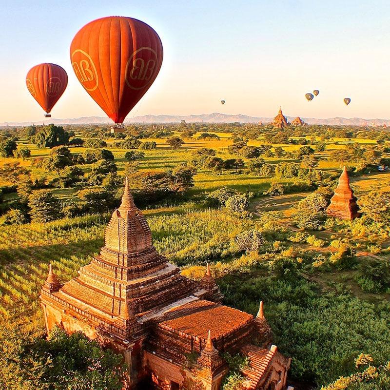 Balloons over Bagan Photos