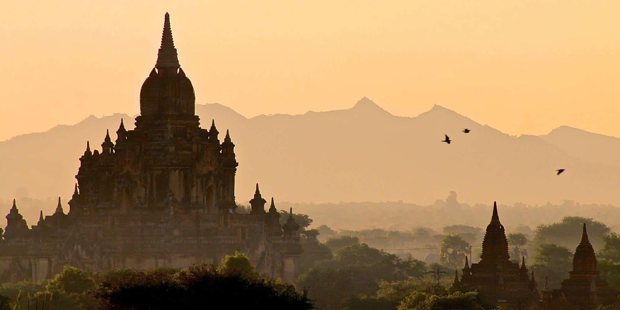 Bagan Balloons sunrise