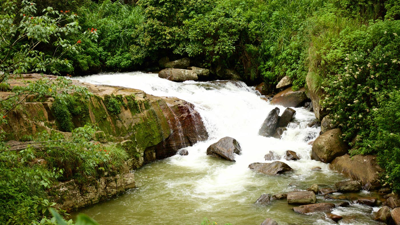waterfalls in nuwara eliya