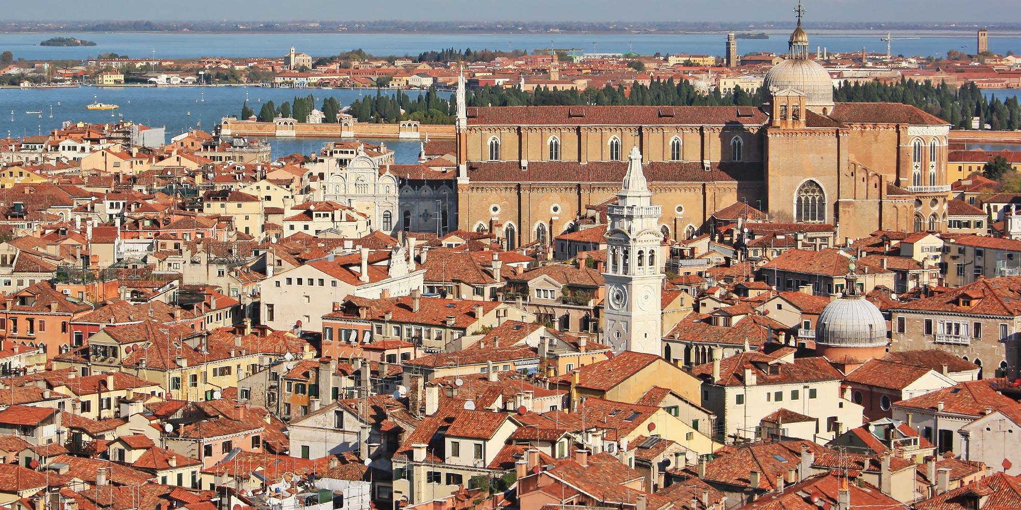ItalyVeniceRooftops