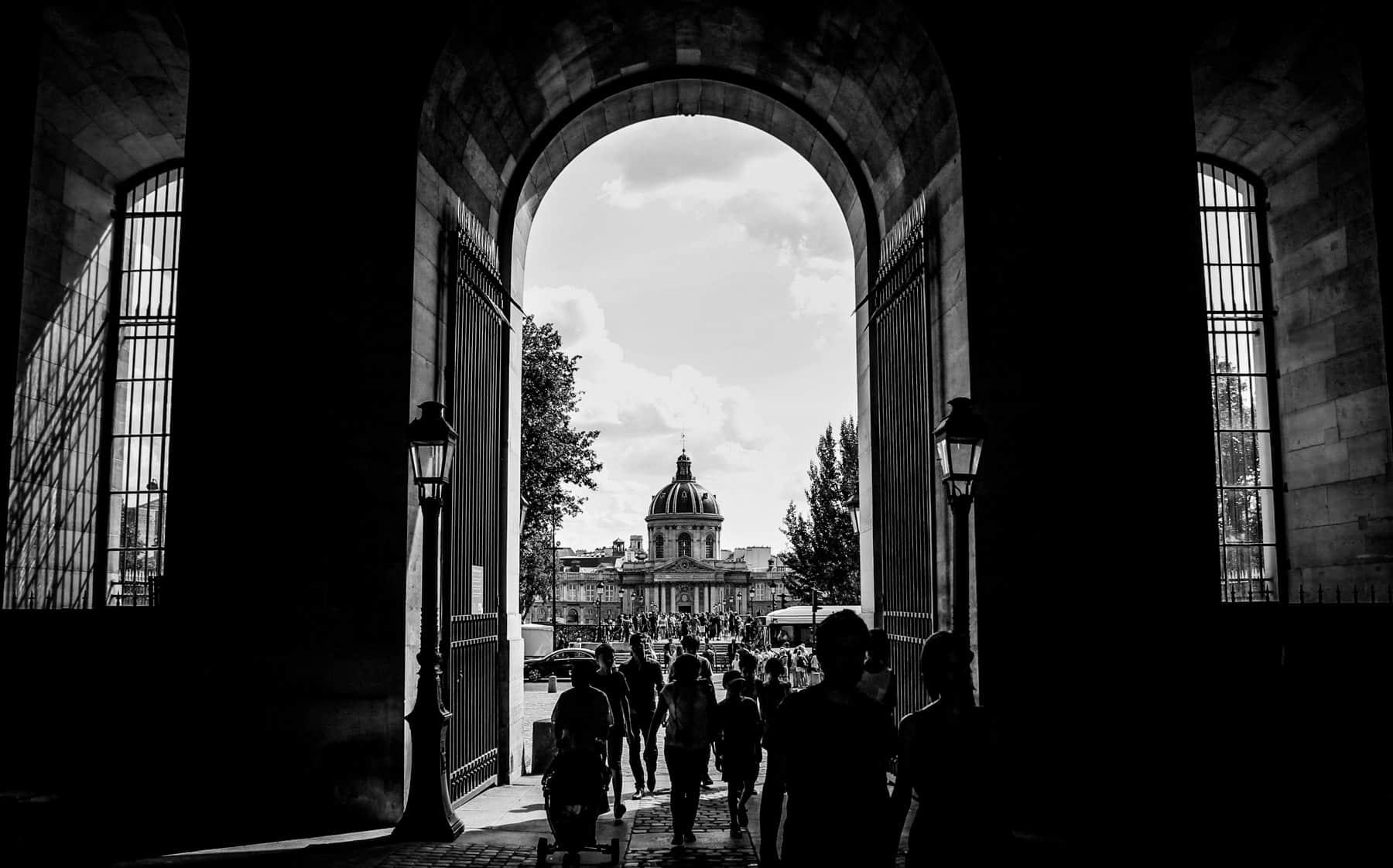 Paris Louvre Black and White