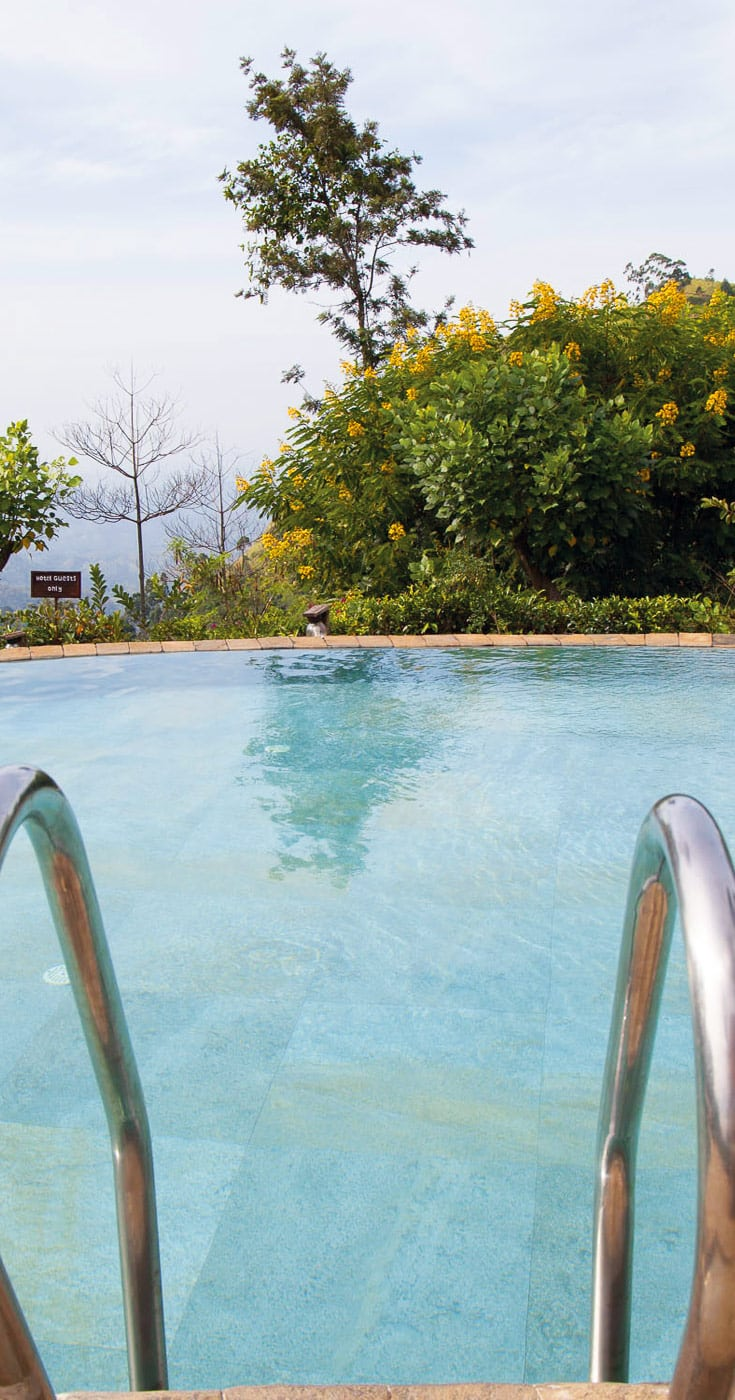 Best Hotel Pools Sri Lanka