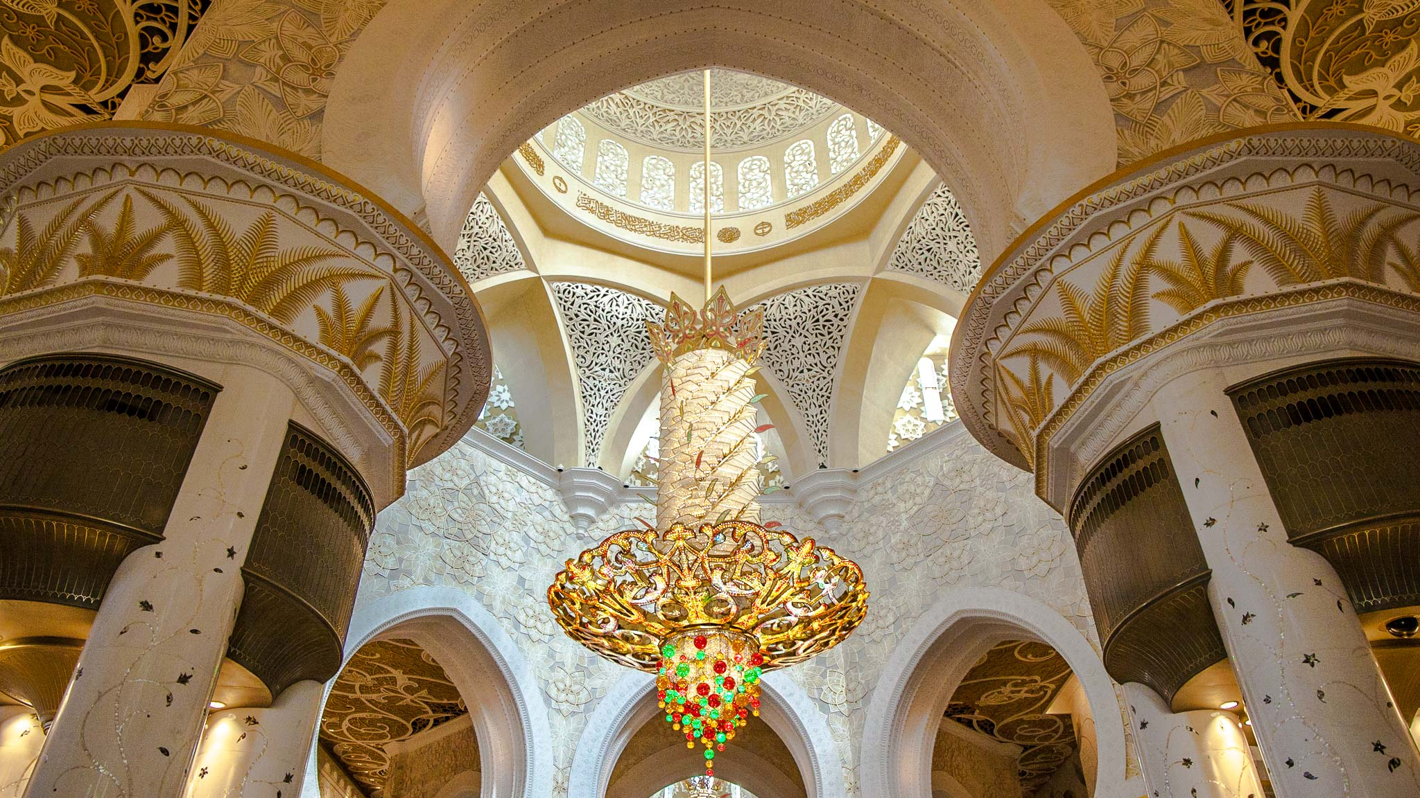Grand Mosque Abu Dhabi Stopover Tour