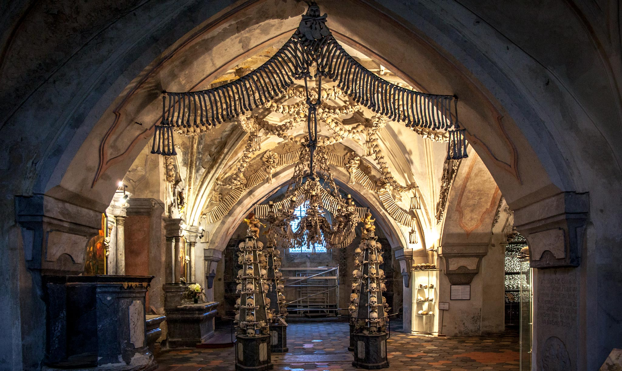 Kutna Hora bone church