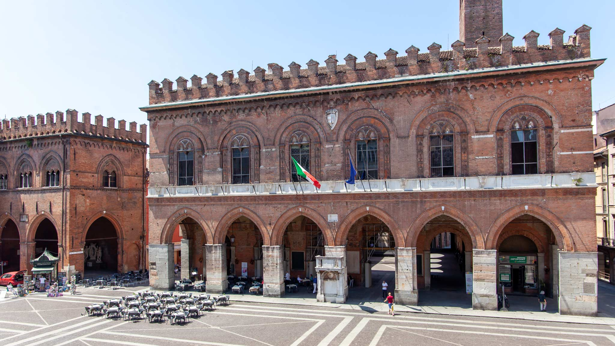 Cremona town hall with a cafe and Porticos