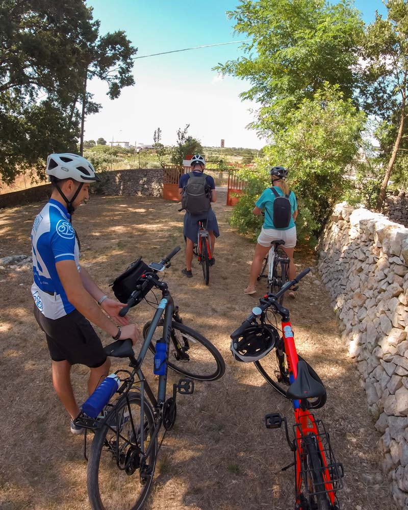 Joining a Puglia cycle tour