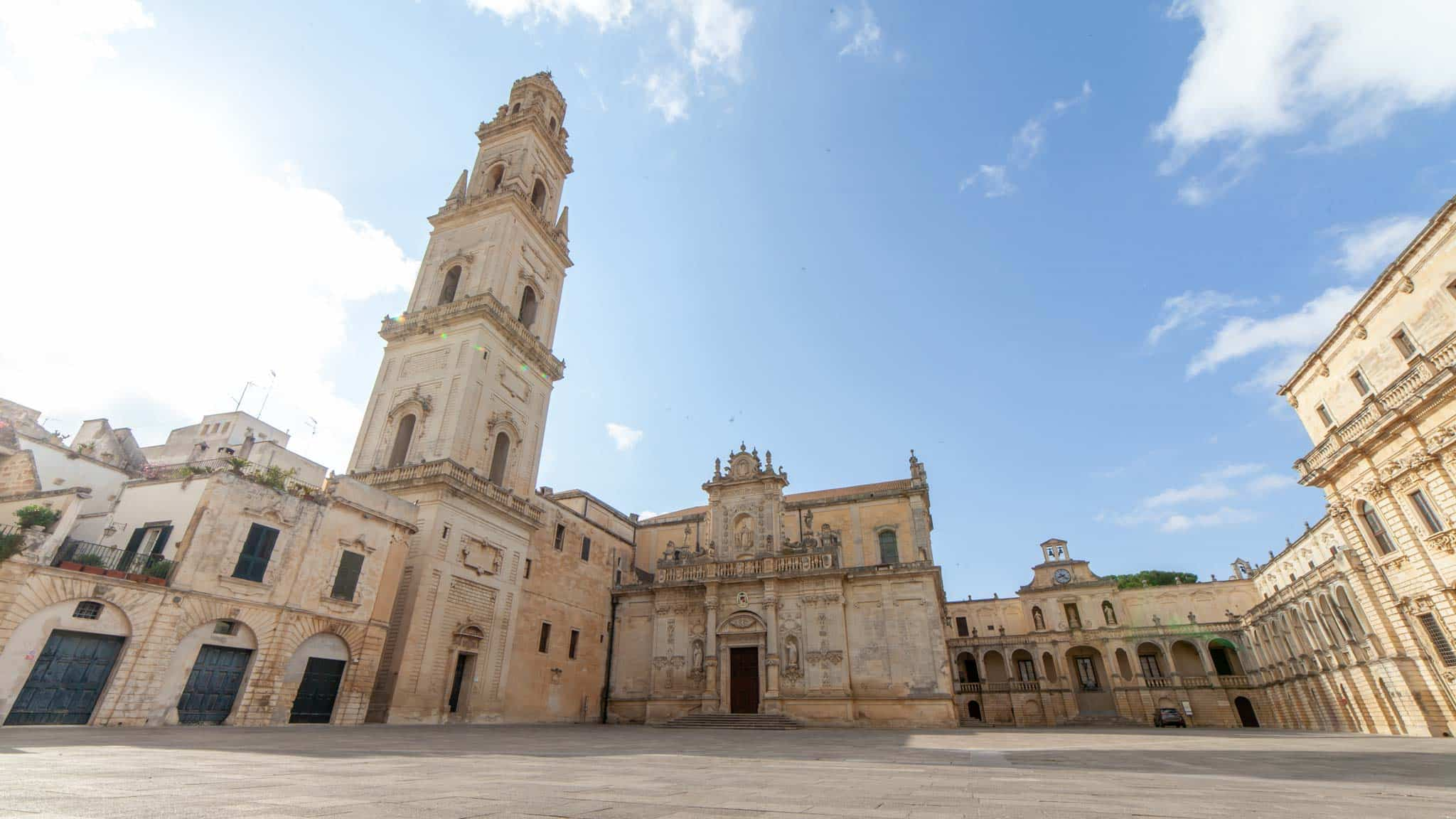 The main cathedral and tower of Lecce early morning