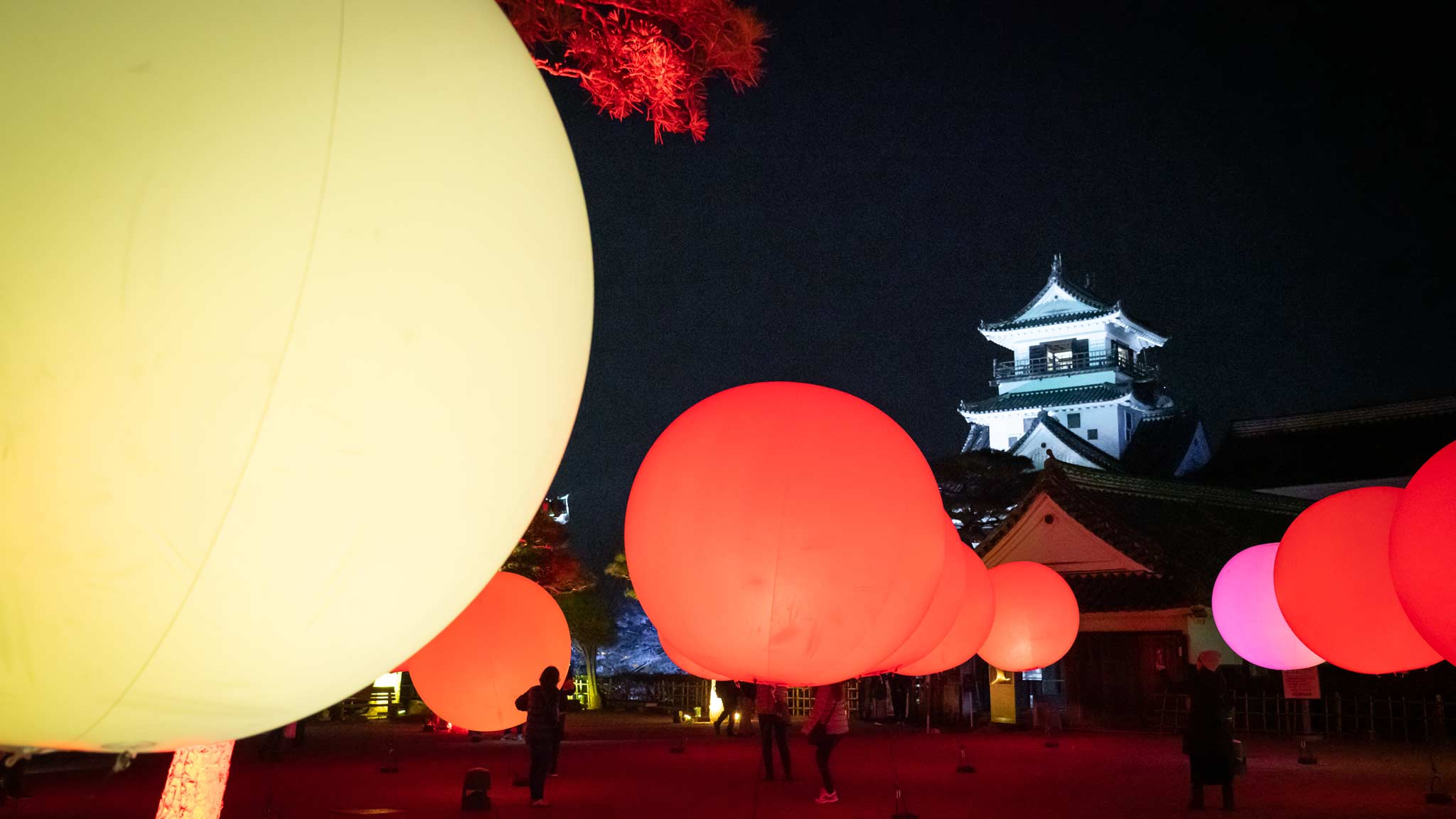Floating spheres of light as part of teamLab Kōchi Castle