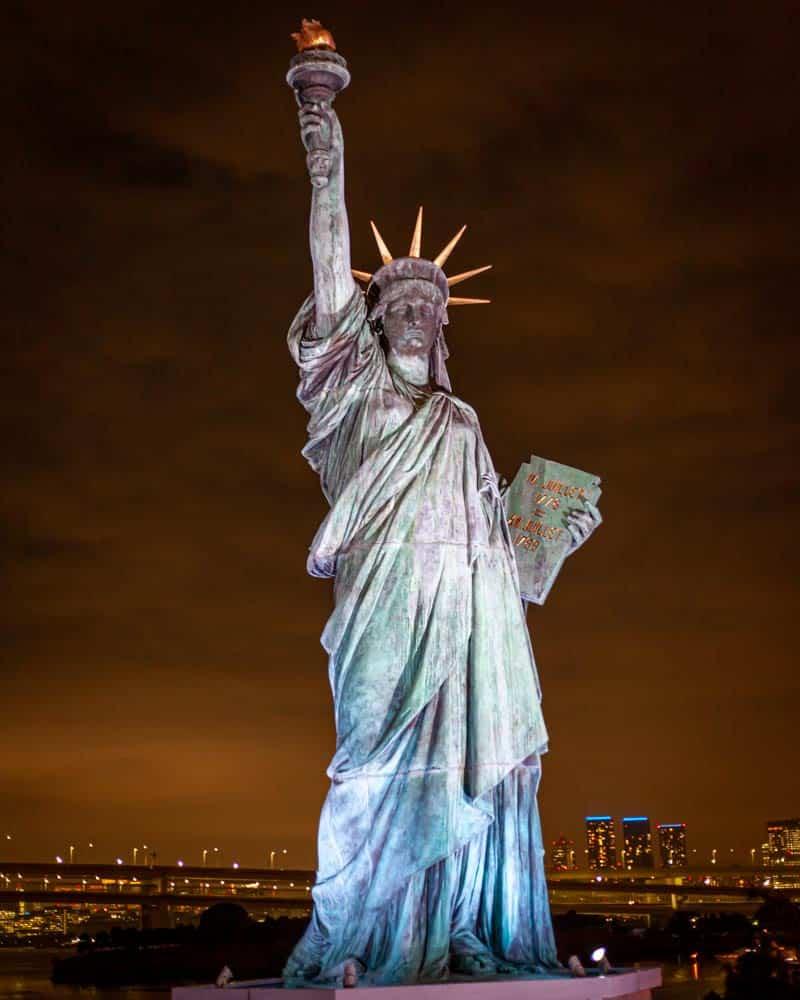 The replica of the Statue of Liberty in Obida