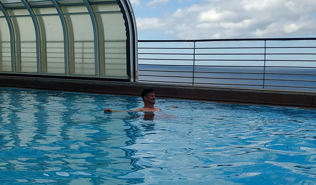 Restrictions at SANA Sesimbra Pool