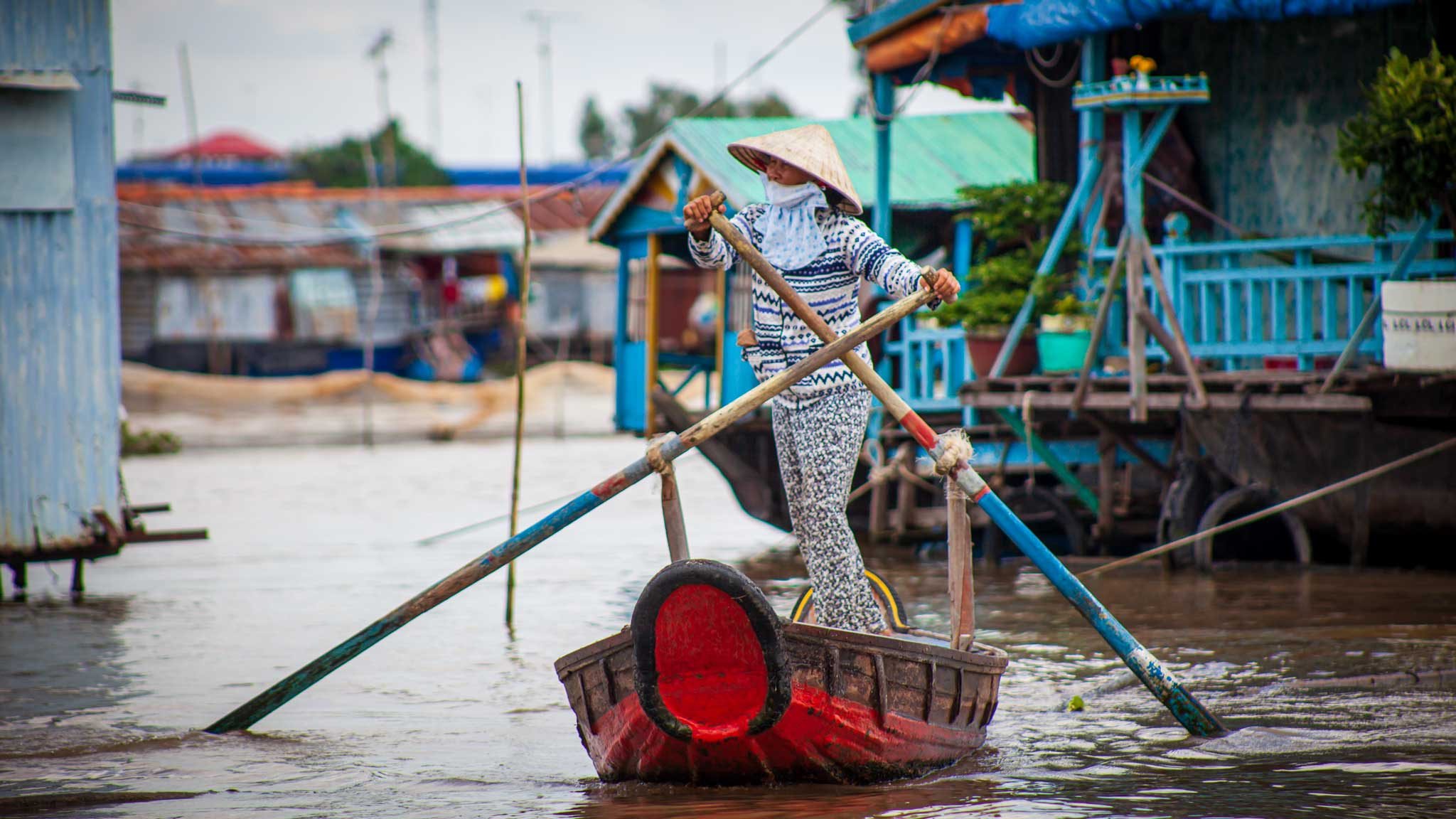 Heading to the market from the floating villages