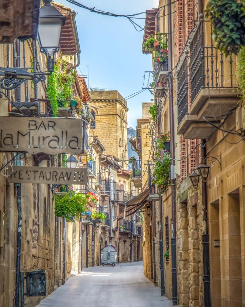 Narrow streets of stone in Laguardia